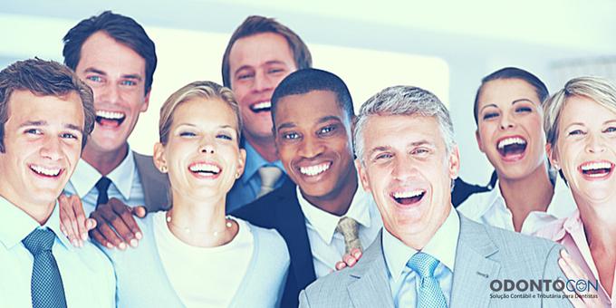 funcionários 1 - Saiba Quais São os Benefícios Que a Empresa Deve Pagar Por Lei