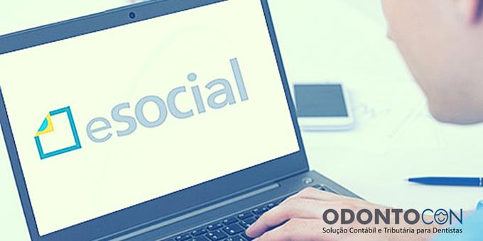 Cópia de Cópia de Cópia de blog 1 - Empresas do Simples Devem Pagar eSocial?